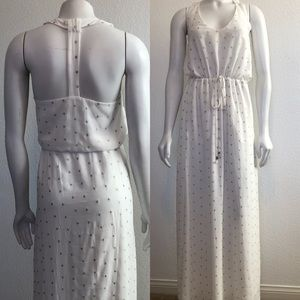 Dresses & Skirts - Gorgeous Maxi Dress with Stunning T- Back Size Sm